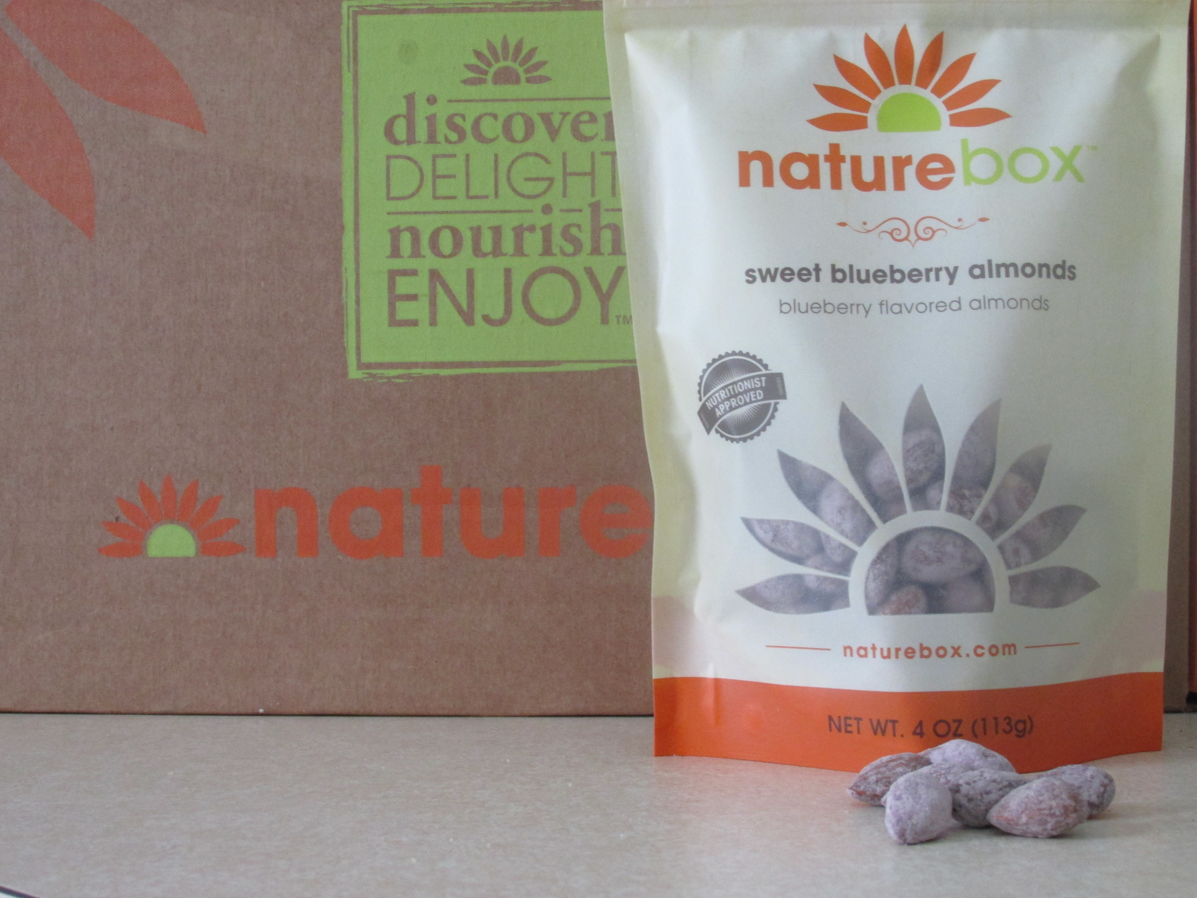 Naturebox Sweet Blueberry Almonds